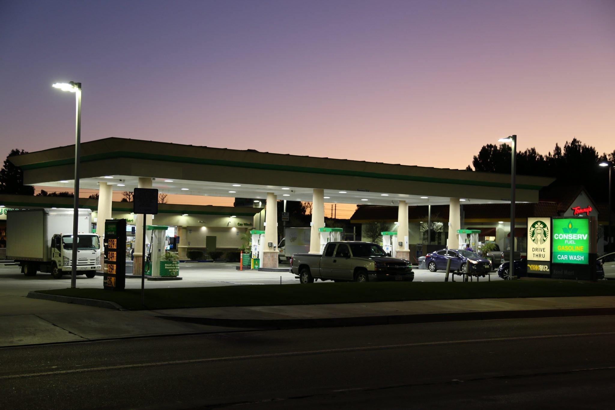 Valencia, California - Conserv Fuel & Convenience Store